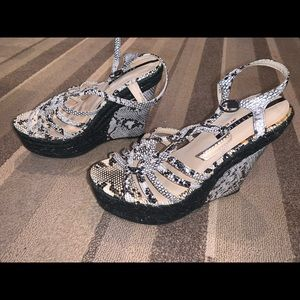 NWOT wedges, size 8 by attitude